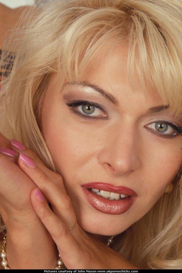 Итальянские порно фильм леа мартини онлайне